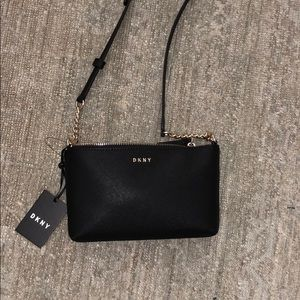 NWT DKNY black purse